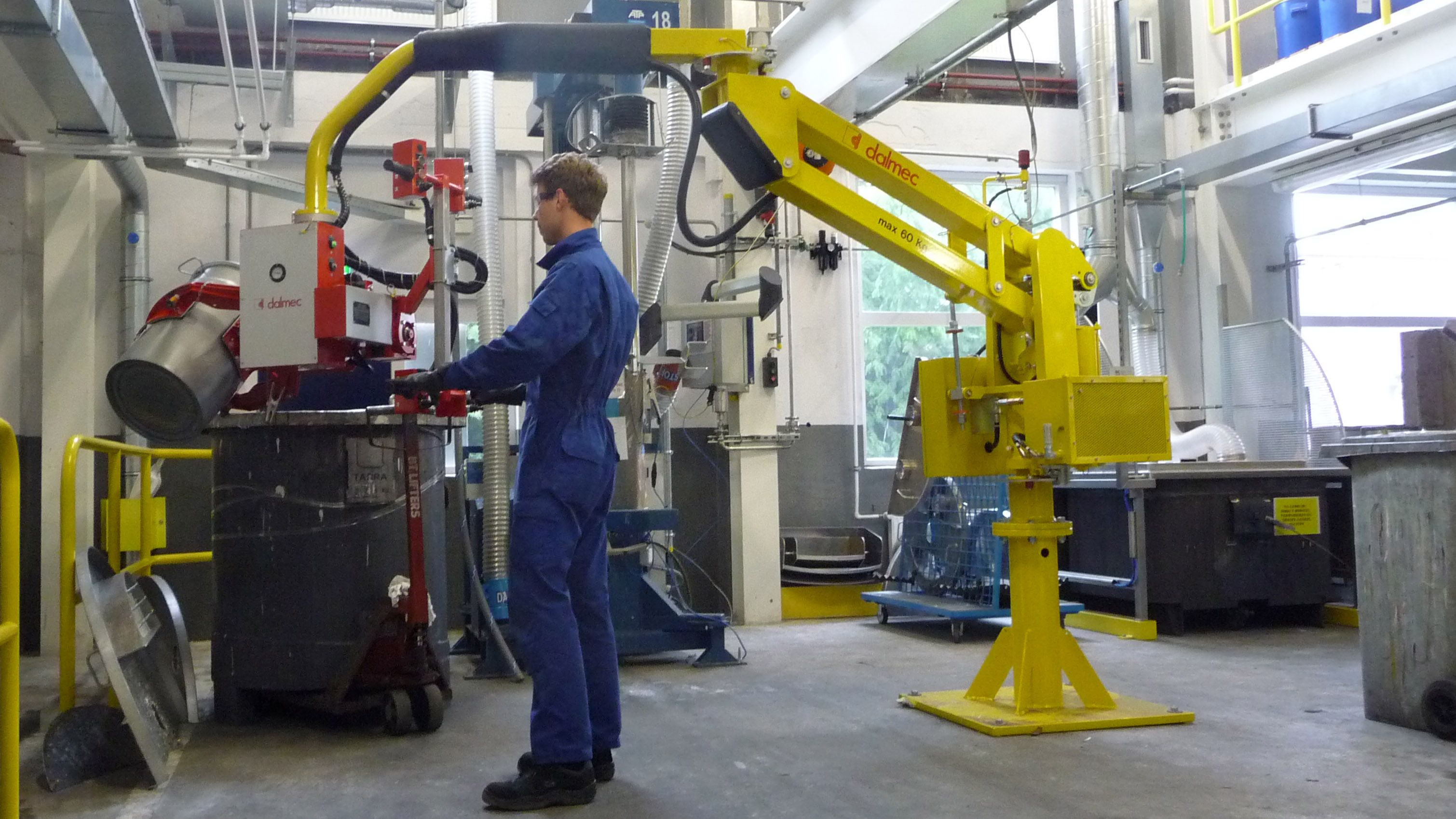 Manipulators For Lifting : Drums lifting device industrial manipulator for