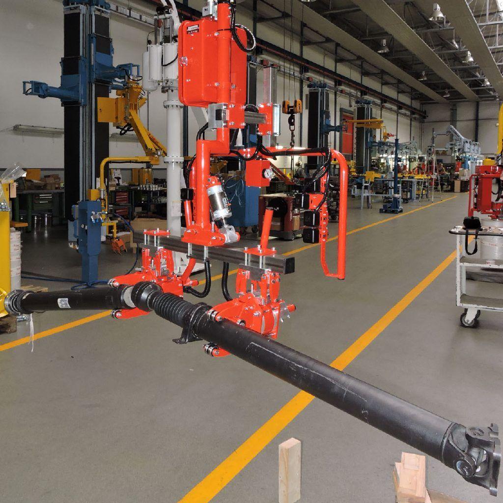 Sektor motoryzacyjny Manipulatory Przemysłowe Dalmec - Manipulatory DALMEC (11)