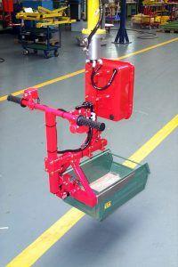 Przemieszczanie pojemników - Manipulator Dalmec do pojemników - Manipulatory DALMEC (2)