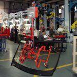 Przemieszczanie szyb samochodowych - branży samochodowej - Manipulatory DALMEC (7)