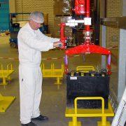 Sektor motoryzacyjny Manipulatory Przemysłowe Dalmec - Manipulatory DALMEC (22)