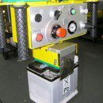 Przemieszczanie akumulatorów - Manipulatory dla branży samochodowej - Manipulatory DALMEC (2)