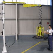 Sektor motoryzacyjny Manipulatory Przemysłowe Dalmec - Manipulatory DALMEC (26)