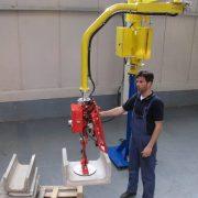 Produkty cementowe - Manipulatory Dalmec - Przemieszczanie materiałów - Manipulatory DALMEC (2)