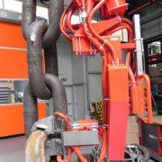 Rozwiązania dla odlewni - Manipulator przemysłowy do form odlewniczych - Manipulatory DALMEC (2)