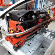 Sektor motoryzacyjny Manipulatory Przemysłowe Dalmec - Manipulatory DALMEC (20)