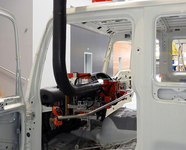 System montażu na desce rozdzielczej - System montażu szyby przedniej  - Manipulatory DALMEC (7)